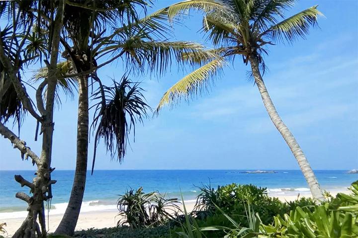 Balapitiya Beach